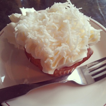Their famous coconut cupcake.