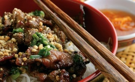 Another beef vermicelli bowl. Photo Credit: Hoang Long website