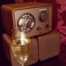 Retro radio in our room at The Cromwell with a complementary glass of Moet champagne.