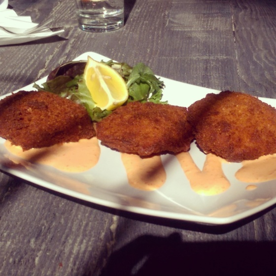 My order of crab cakes with aioli.