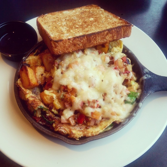 The frittata with multigrain toast.