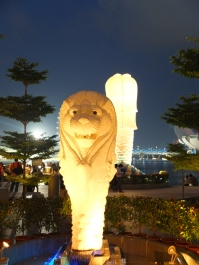 More merlions