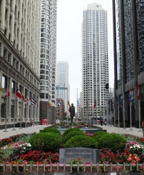 A park just off of the Magnificent Mile.