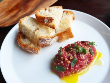 Beef Tartare at Bündok