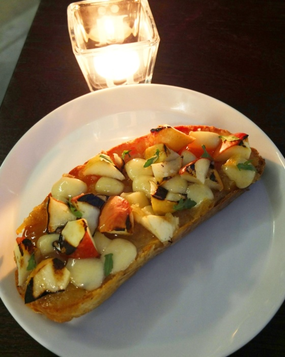 Grilled Apple Tartine