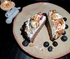 Ployes Cake