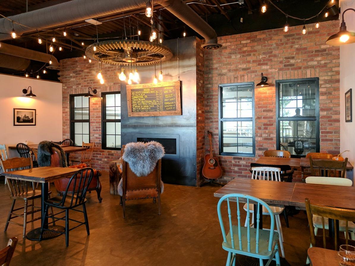 edmonton restaurant review  town square brewing