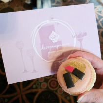 ilovepampangas makes such pretty macarons.