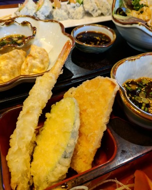 Three pieces of Tempura